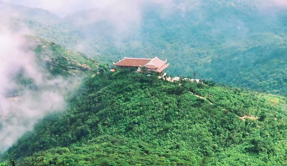 Review du lịch gia đình đi Yên Tử - Hạ Long - Hòn Gai