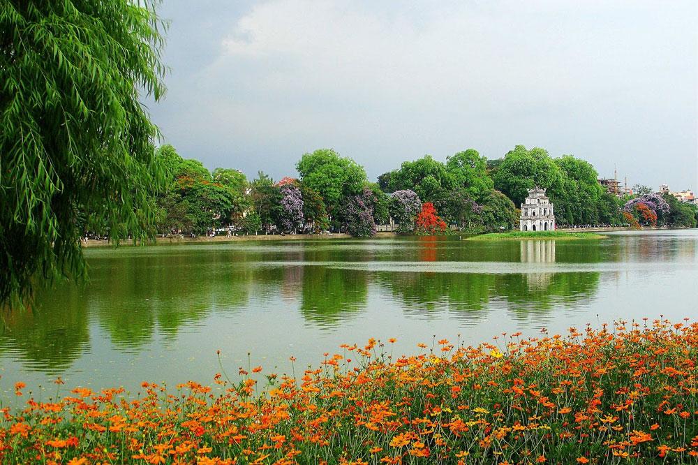 Cuộc đua Kỳ thú quanh hồ Hoàn Kiếm